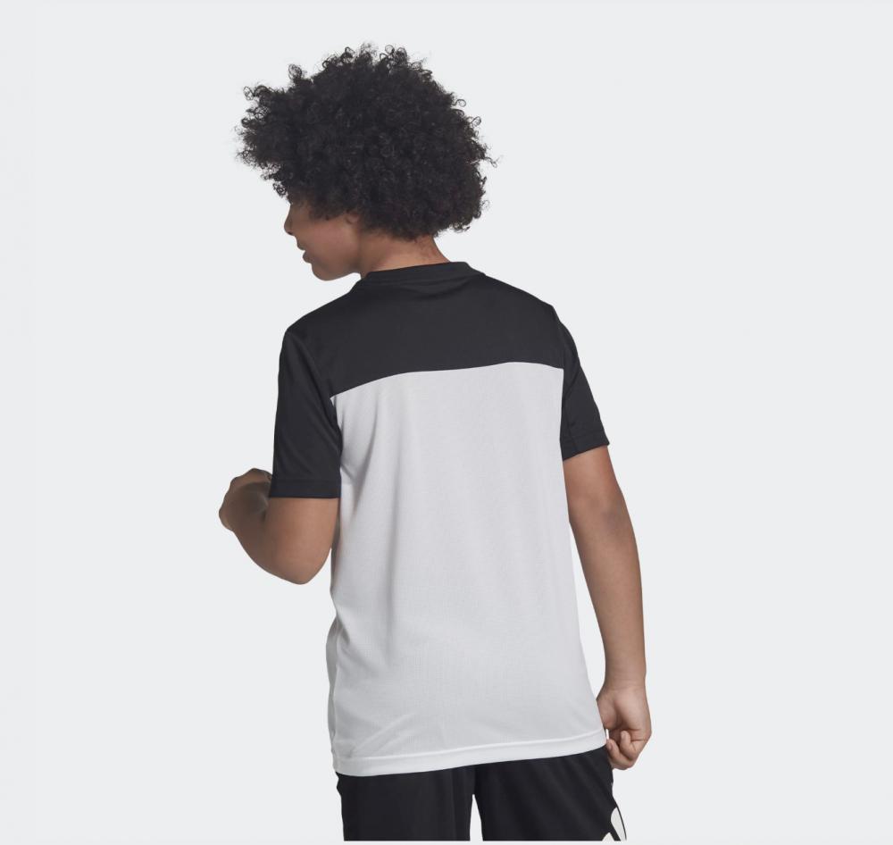 SortHvit Adidas Equip Tee Tskjorte Familiebutikken.no