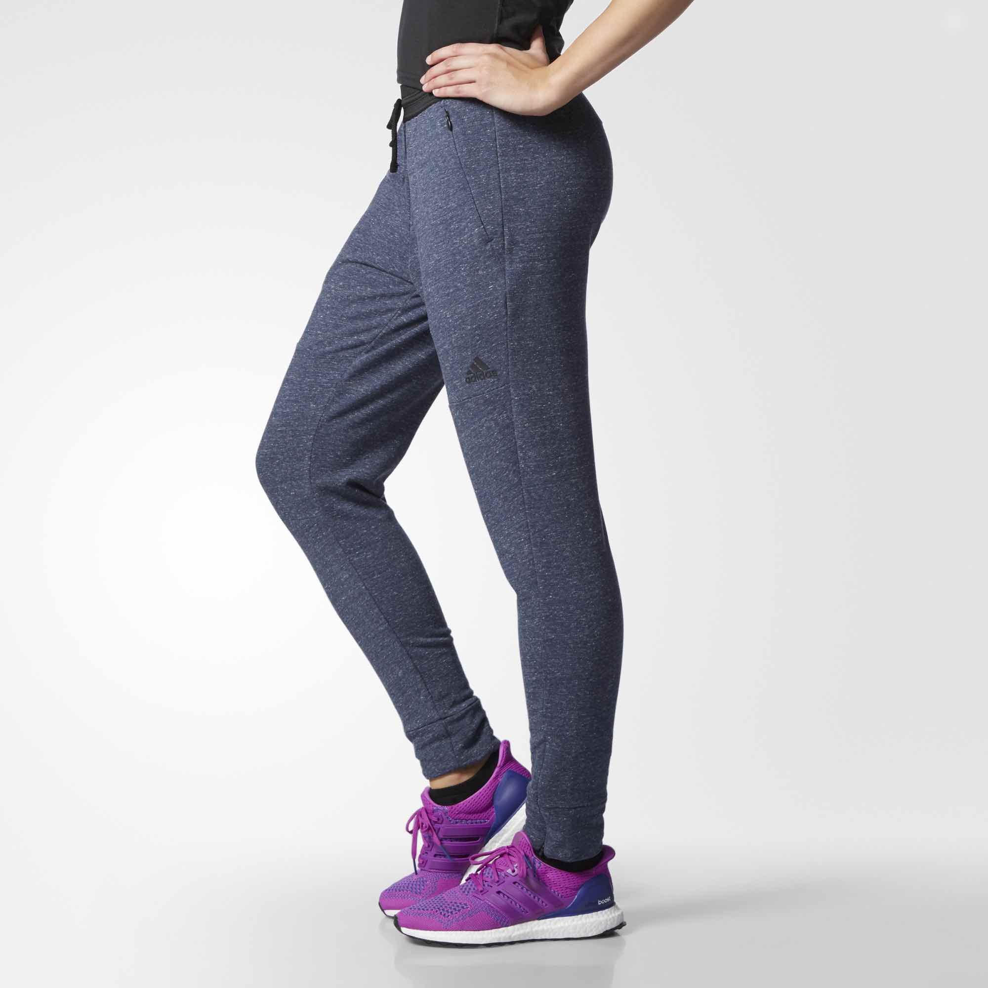 16e96257 Hjem TILBUD Adidas Tappered Pant joggebukse - blå. Previous; Next